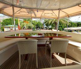 Crewed-Sailing Yachts